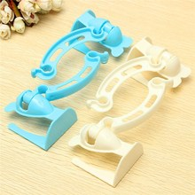 Blue White Trash Rubbish Hanging Bag Holder Door Easy Hangers Cupboard Garbage Bag Rack In Stock(China (Mainland))