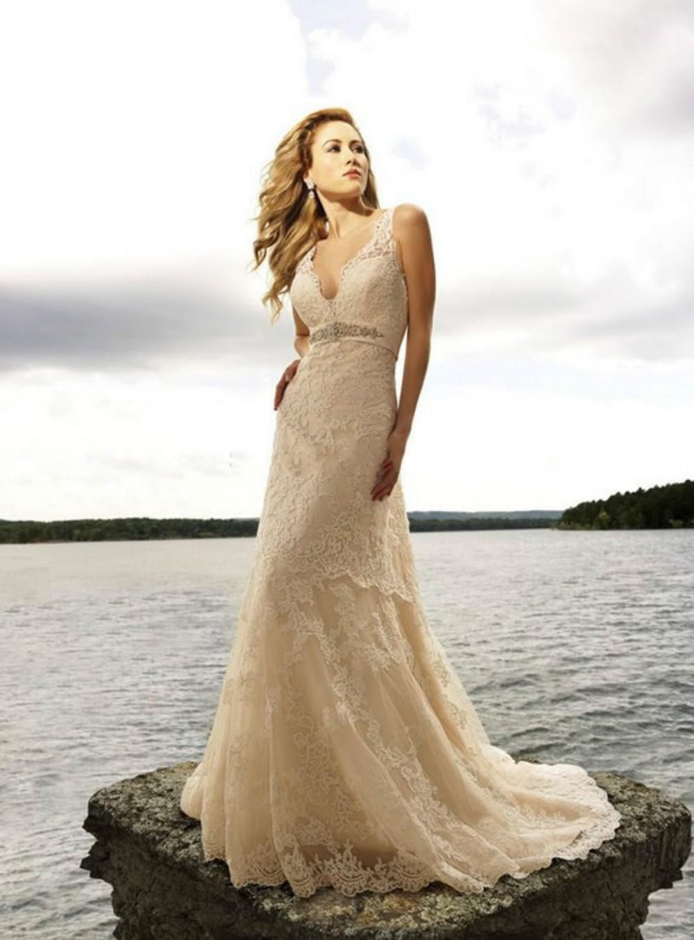 Vestidos de noiva 2015 elegant a line v neck lace wedding for Lace backless wedding dresses