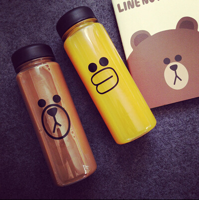 Water Bottle Sally Chicken and Brown Bear Climbing Bicycle Hiking Creative Line Face 500ML Readily Cup With Bag(China (Mainland))