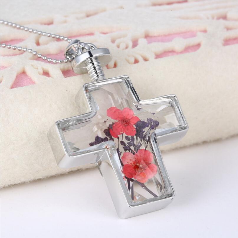 Charm bedel dry bloem medaillon mode-sieraden hot kerstcadeau nieuwe living memory glas kruis vorm hanger ketting(China (Mainland))