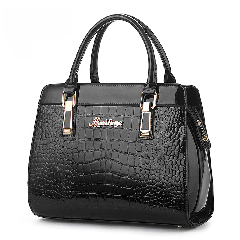 New 2015 Hot Sale Guaranteed 100% Women Bag Shaped Alligator Patent Leather Bags Zipper Solid Brand Design Women Messenger Bags(China (Mainland))