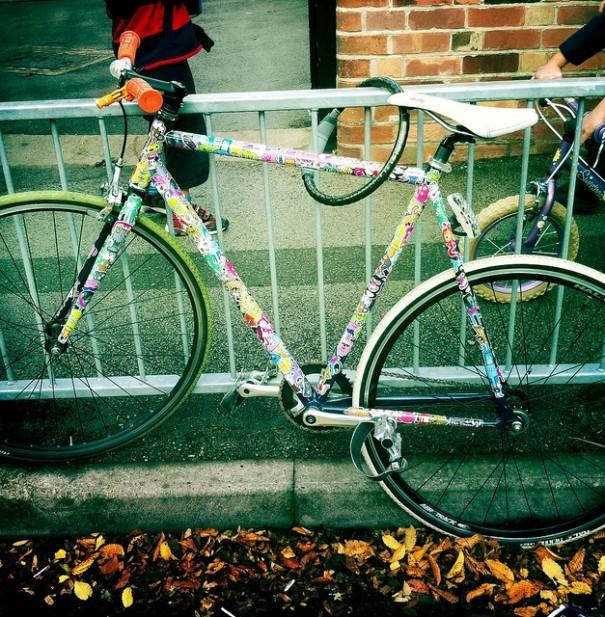 sticker-bike-605x617