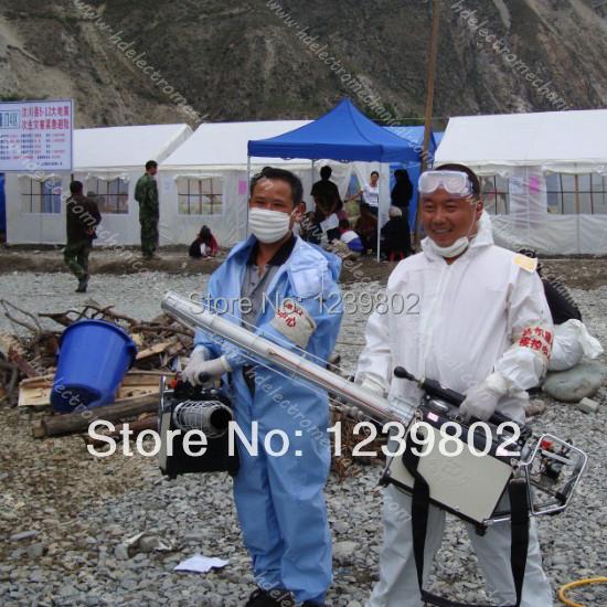 Powerful pest control sprayer outdorr pesticide fogger (five years engine guarantee)(China (Mainland))