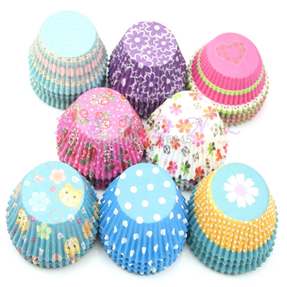 A25+100pcs/1pack Original Mini Round Cake Paper Holds Greaseproof Baking Cupcake Cases free shipping(China (Mainland))