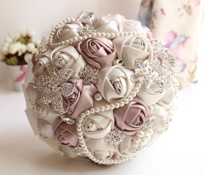 2016 New Artificial Wedding Bouquet Romantic Silk Ribbon