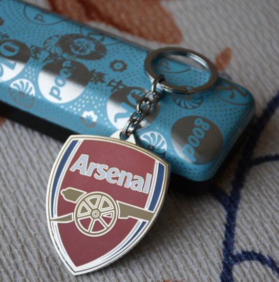 2016 New Arsenal Soccer Fans Souvenir Keychain Metal Key Chain Football Keyring team Key Holder Trinket free shipping(China (Mainland))