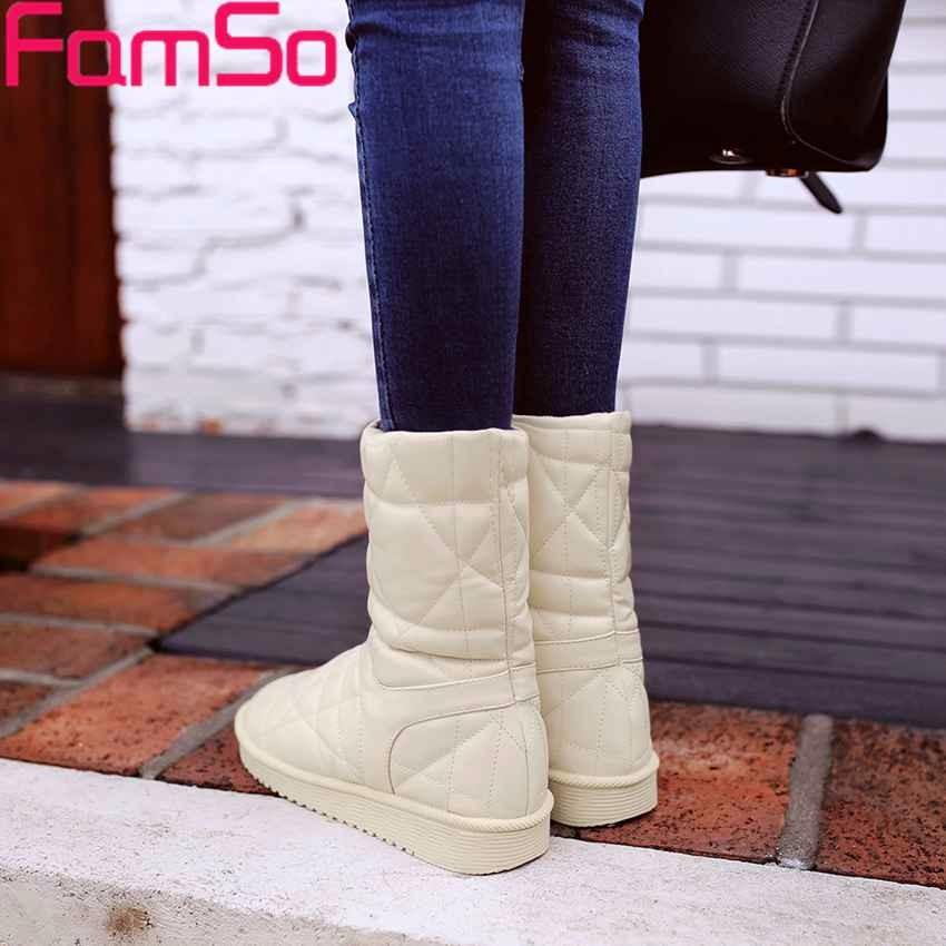 ซื้อ จัดส่งฟรี2016ใหม่สีดำรองเท้าแฟลตหญิงขี่บู๊ทส์รัสเซียฤดูหนาวให้อบอุ่นรองเท้าหิมะรองเท้าSB64347