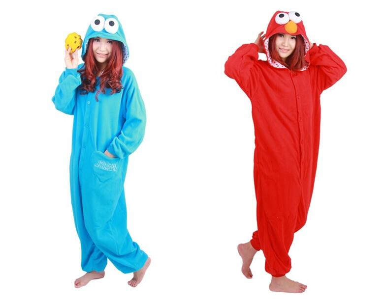 Cookie Monster onesie, adult size small, great condition, removable cookie, opens at rear got easy a.