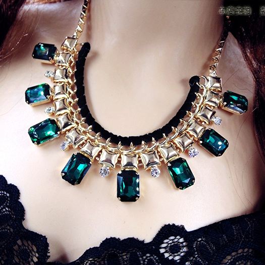 Vintage Green Square Grass Crystal Drop Alloy Gold Collar Chains Statement Necklaces 2016 New Fashion Design Wholesale Gift Y210(China (Mainland))