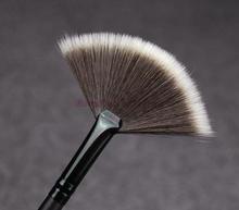 Slim Fan Shape Powder Concealor Blending Finishing Highlighter Highlighting Makeup Brush Nail Art Brush for Makeup(China (Mainland))