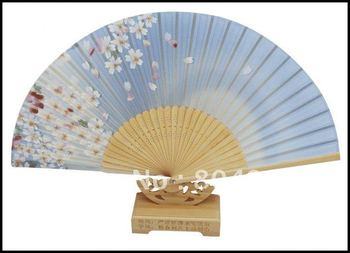 [China Confucian ]Free Shipping 10pcs/lot, newest real silk fan with pretty  sakura design, Top quality /Best gift for party