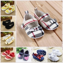 2015 new Baby Girl Princess Shoes Autumn bebe sapatos First Walkers footwear newborn baby Soft Sole shoes age 0-18 month R4085(China (Mainland))