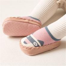 Носки с резиновой подошвой для новорожденных, модные носки-тапочки для новорожденных на осень и зиму, нескользящие носки с мягкой подошвой, ...(China)