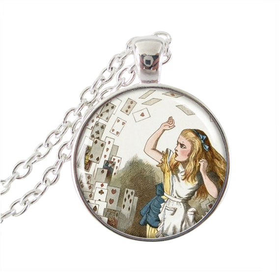Alice In Wonderland Necklace Queens Cards Attack Picture Jewelry Glass Cabochon Pendant Vinatge Bronze Chain Neckless Women Gift(China (Mainland))
