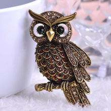 Luxurious Vintage Jewelry Kawaii Cute Owl Brooches Corsage Brooch Broach Antique Gold Topaz Insect Hijab Pin Up Broches Relogios