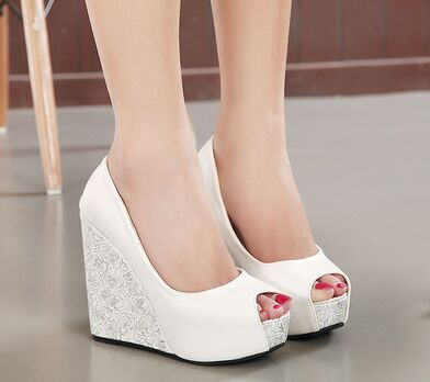2015 Roman sandals wedge ultra-high increased open toe nightclub waterproof thick soles white wedding shoes(China (Mainland))
