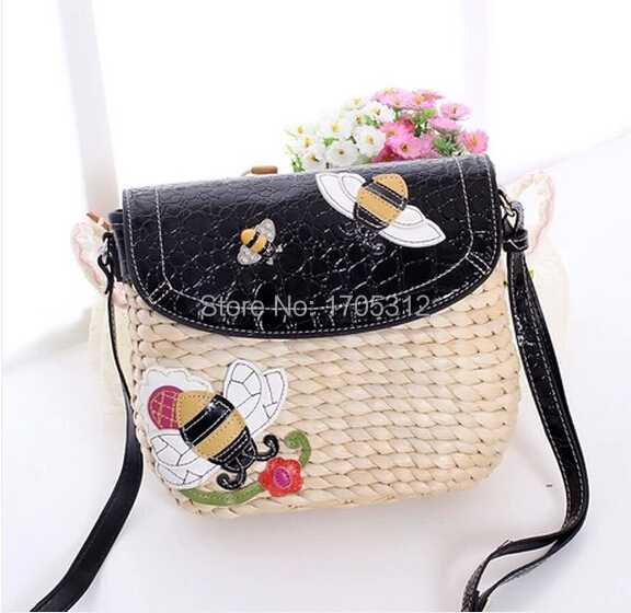 2015 Littie Bee charcter straw Handbags Clutch Beach Bags Stone Pattern cow leather Shoulder Bag bolsos de paja phone purse bag(China (Mainland))