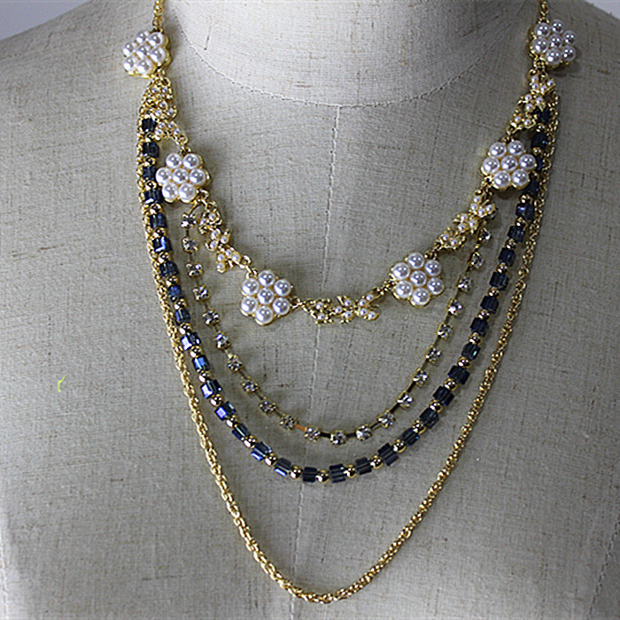 product More than four layers. Pearl crystal necklace. Color. Fine gold chain euramerican style. Elegant atmosphere women adorn article