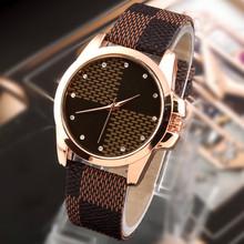 Moda de nueva marca de cuadrícula correa de cuero reloj de cuarzo relojes mujeres casual relojes para mujer reloj de pulsera relojes mujer vestido reloj mujer
