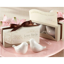 Free shipping bird figures,kitchen toys 4pcs/lot=2pairs,love bird salt pepper shaker article Christmas Wedding Ceramic gift(China (Mainland))