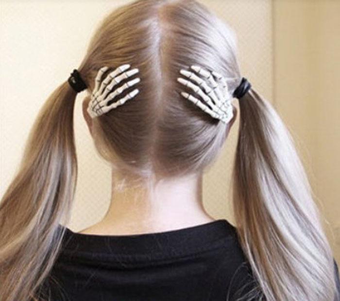 Fashion 1 Pair Trendy Women Skeleton Hand Bone Claws Punk Hair Clip Zombie Horror Hairpin Anne(China (Mainland))