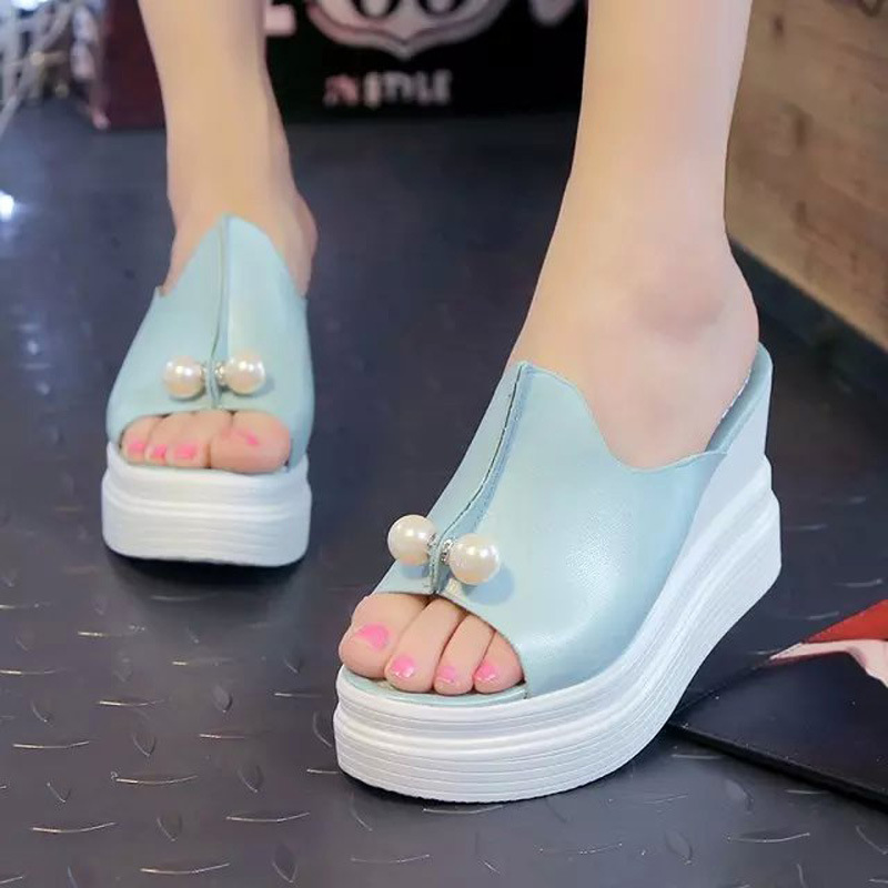 Wedge-Slippers-Summer-Platform-Slippers-2016-New-Women-Wedges-Sandals-Beading-Slides-Thick-Heel-Sandals (1)