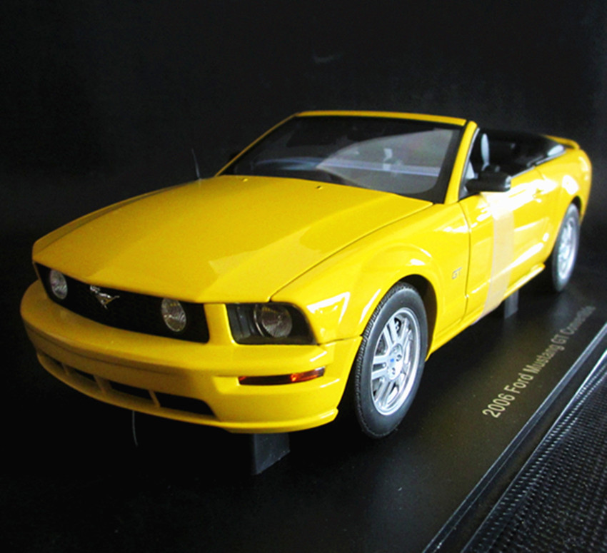 Double 11 aotuo aa1 : 18 FORD 2006 ford mustang gt convertible a limited edition models(China (Mainland))