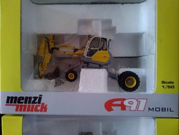 R-0181 1:50 Menzi Muck   A91 Mobile Excavatortoy