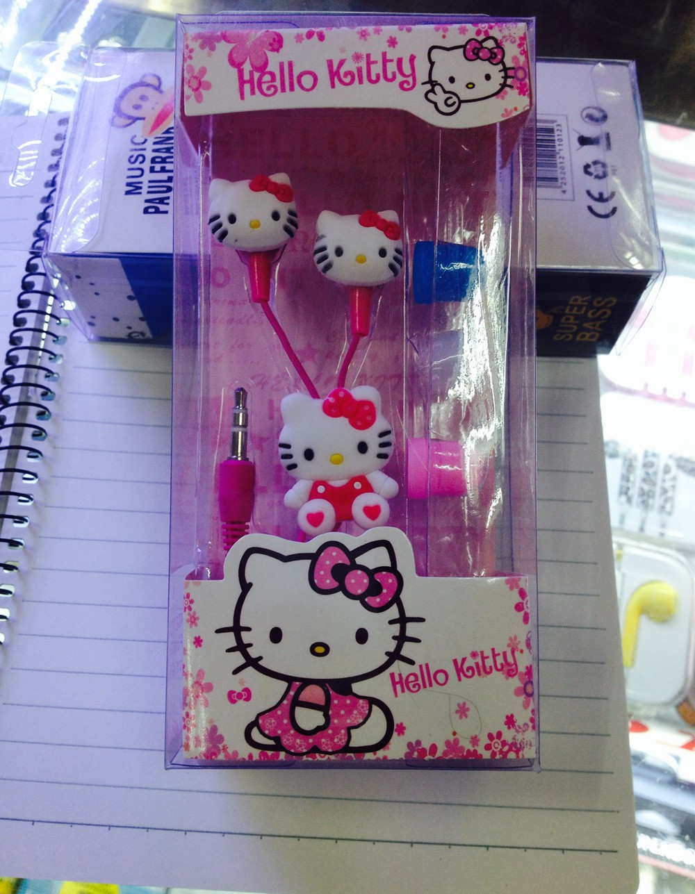 2015 Newest Cartoon hello Kitty 3.5mm jack music headset earphone for iphone 5 6 pad MP3 playback of audio equipment
