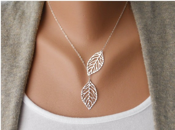 Hot Sell New Fashion Vintage Big Leaf Pendant Necklace Clavicle Chain For Women Free Shipping Wholesale(China (Mainland))