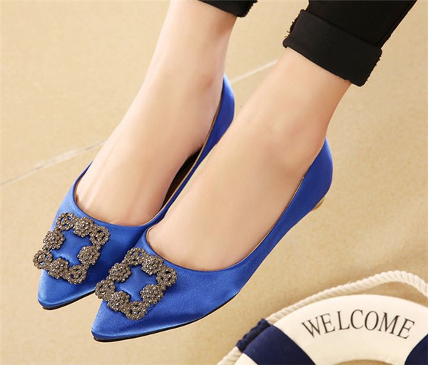 2015 New Arrival Fashion Less Platform Ladies Pumps Leisure Rhinestone Pointed Toe Autumn Spring Shoes Women Low Square Heels