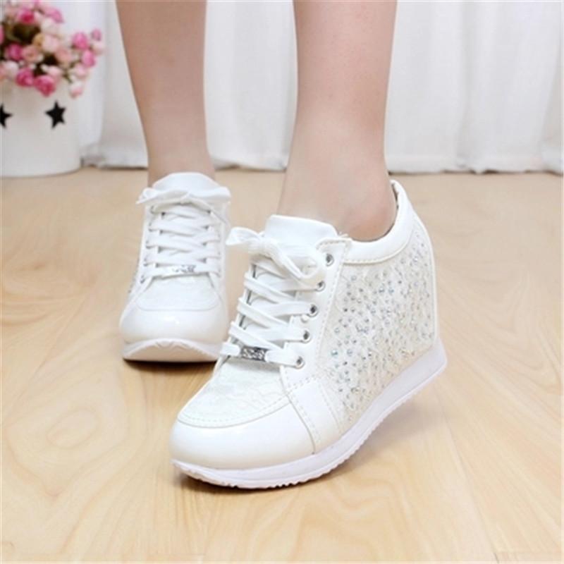 Height Increasing 2016 Black White Hidden Wedge Heels Fashion Women Elevator Shoes Casual Shoes For Women