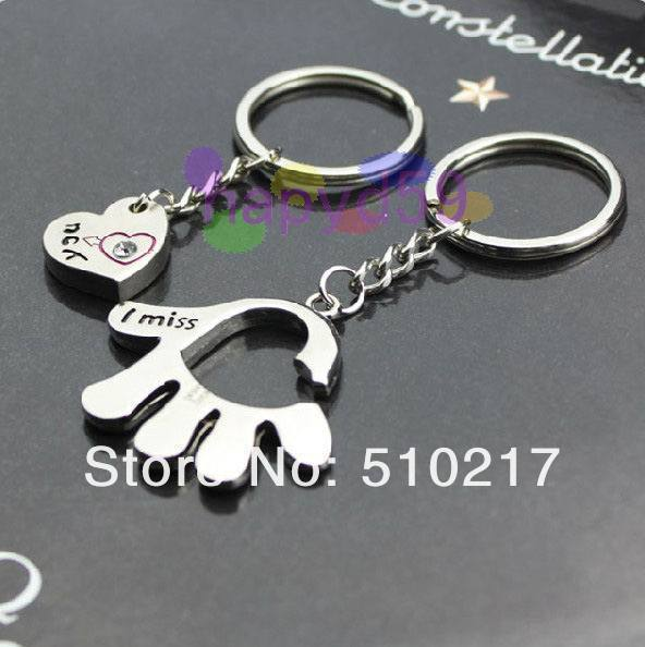 234pcs Alloy love in the palm of the hand keychain creative couple lovers key ring advertising gift keychain can custom logo