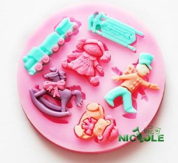 (10pcs/lot) DIY Trojan train doll silicone molds for cake decorating jelly dessert soap cake sugar chocolate mold fondant tools