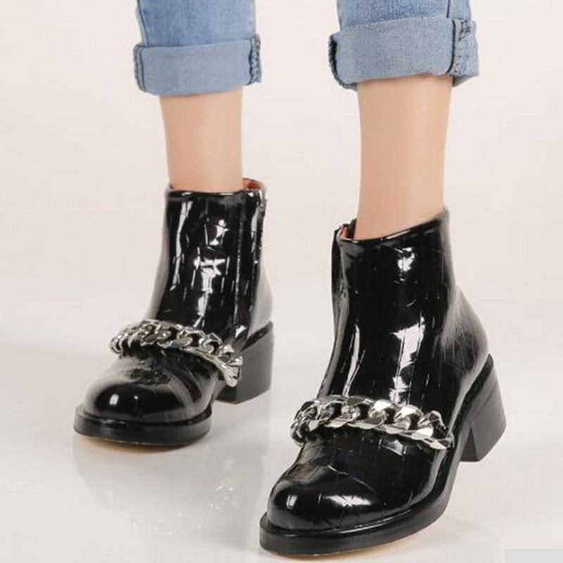 2015 New Autumn Women Boots Fashion Martin Metal Chain Round Top Ankle Boots Med Thick Heel Side Zipper Knight Boots Shoes Woman