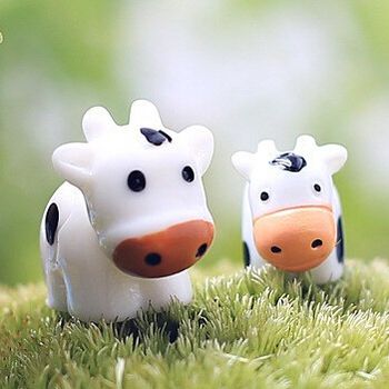 New arrival cow animals fairy garden miniatures mini gnomes moss terrariums resin crafts figurines for garden decoration