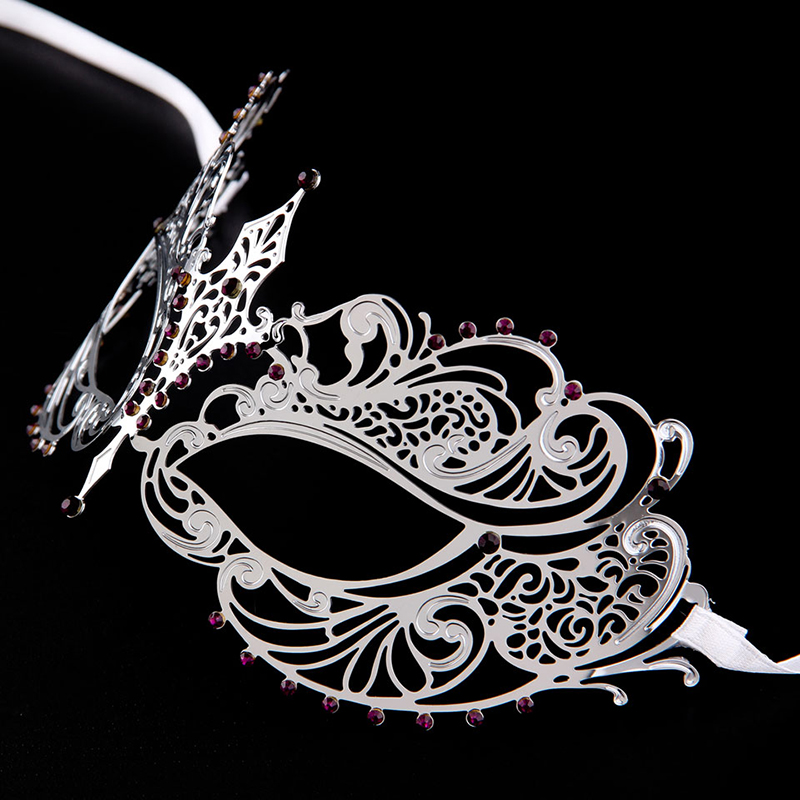 party Mask Wholesale elegant Fashion Silver Woman Alloy Venetian Laser Cut Silver Metal Mask With purple Stones MA001-PLSL(China (Mainland))