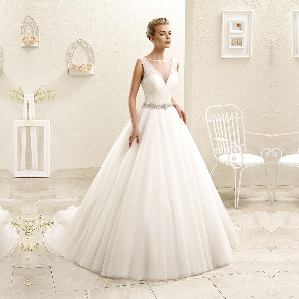 New arrival scoop neck full length tulle ball gown wedding for Big tulle ball gown wedding dress