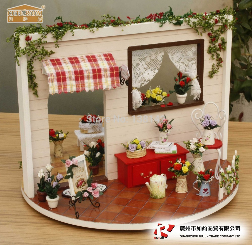I002 Rose Garden Love Song ( available separately Dust ) Private garden diy dollhouse Miniature doll house<br><br>Aliexpress