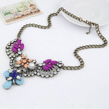 New Arrival Women's Fashion Cute Crystal Bib Statement Choker Chain Flower Rhinestone Necklace 6FK6(China (Mainland))