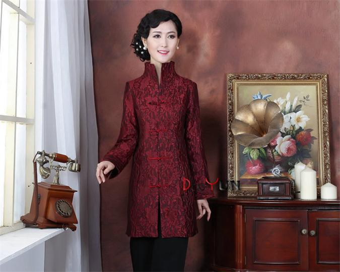 2015 Top Sale Burgundy Lady Silk Overcoat Middle-Aged Mother Classic Long Sleeve Outwear Dropshipping Size S To XXXL NJ187Одежда и ак�е��уары<br><br><br>Aliexpress