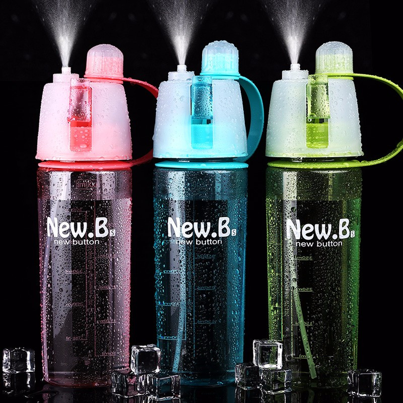 Hot Sale Spray Sport Water Bottle Portable Plastic Cups Bike Bicycle Shaker My Water Bottles 400ml/600ml(China (Mainland))