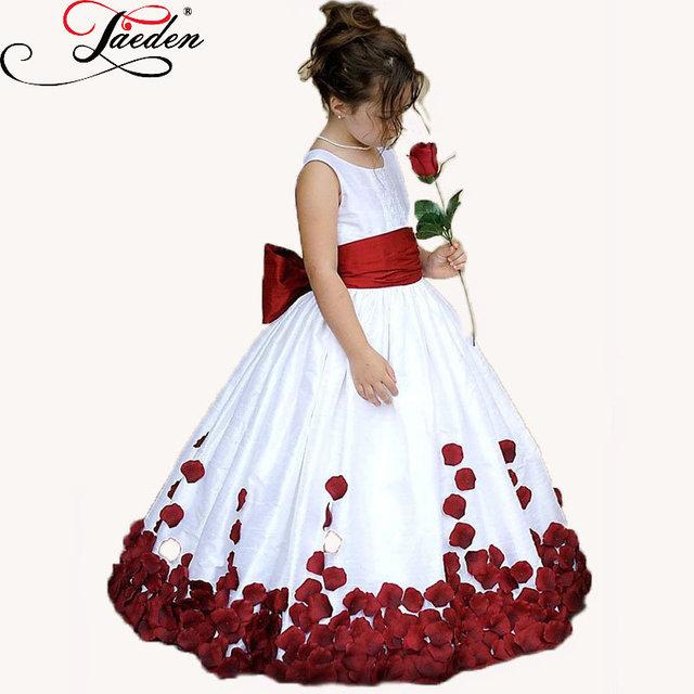 Детские платья с бантом фото