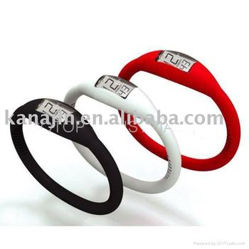 100pcs/lot Free Shipping 2010 Fashion Silicon Watch With LCD Watch Display