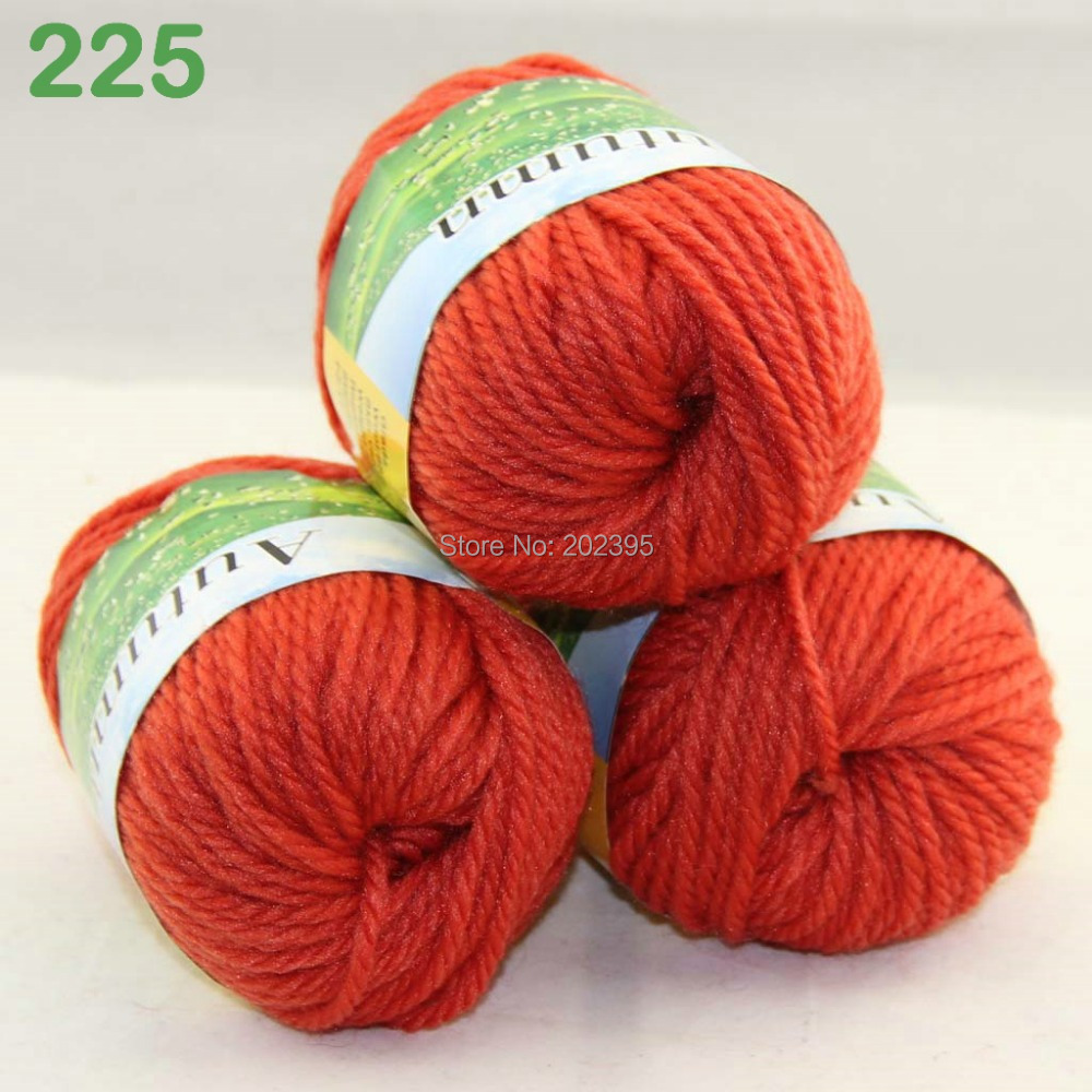 Hand Knitting Yarn : LOT 3 Balls X 50g Soft Wool Hand Yarn Knitting Orange 225-in Yarn from ...