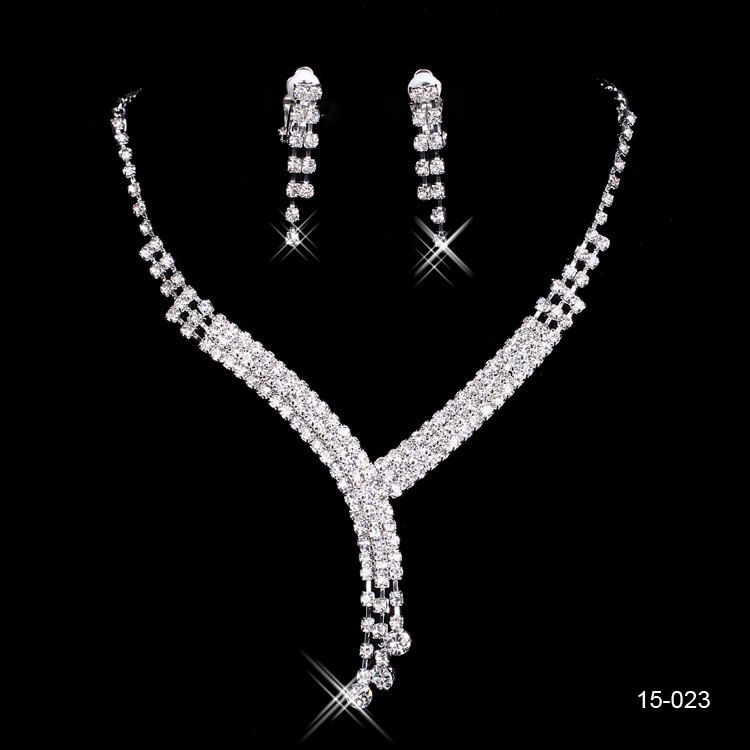 Shinning Rhinestone Wedding Party Earring Bracelet Necklace Ring Jewel Set 2015 New arrivals Romantic wedding jewelry sets15023(China (Mainland))