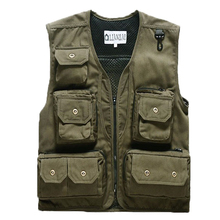 New Man Fashion British Vest Men/ Outdoors Casual Waistcoat / Men's photographers Vest  Sleeveless Jacket  65(China (Mainland))