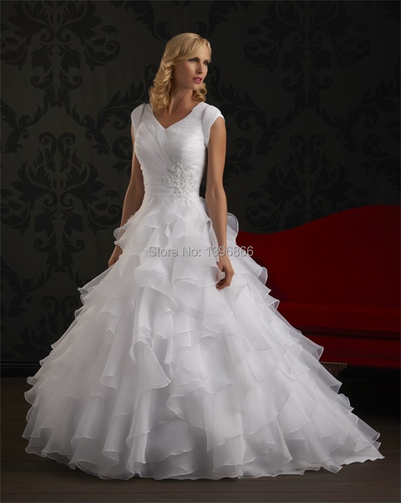 Free shipping modest wedding dress short sleeve 2015 puffy for Modest wedding dresses under 500