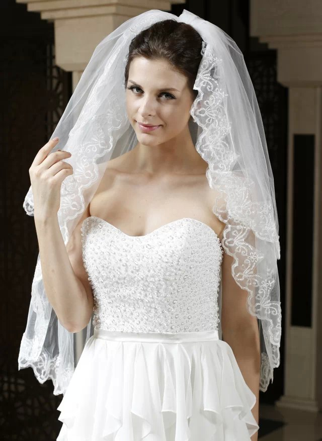 White Wedding Dress Meaning Dream : White ivory lace edge wedding dress dream bride veil with comb bridal