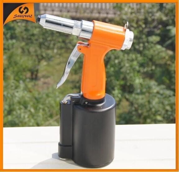 SAT6602 cheap pneumatic stapler for tool rivet nuts riveter china design gun finish pneumatic stapler